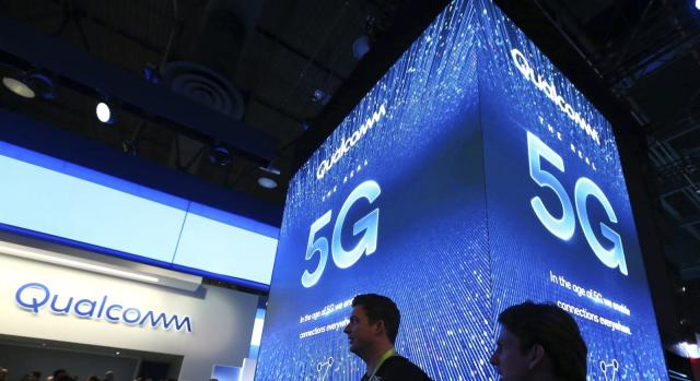 FCC votes to auction C-band satellite spectrum for 5G use