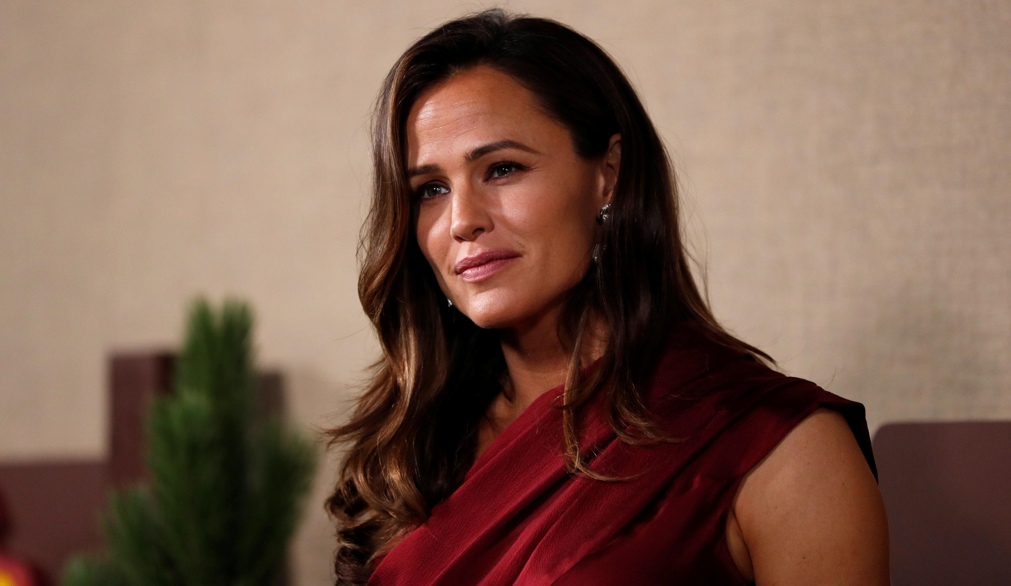 Jennifer Garner on the 'circus' of being married to Ben Affleck