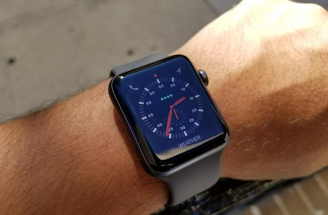 Apple Watch Series 3 first look: So far, no LTE problems