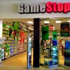 GameStop's Holiday Sales Rise, Soft View Hurts the Stock