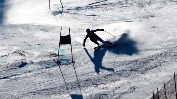 Violences sexuelles dans le sport: une ex-skieuse témoigne et veut changer la loi