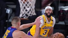 Lakers do what Clippers couldn't, hold onto big lead for Game 1 win