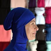 French Muslim body to meet with govt on burkini ban