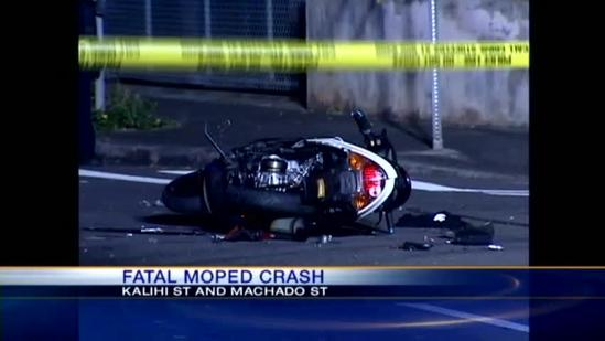 17-year-old moped rider killed in Kalihi collision