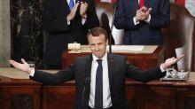 El guiño histórico de Macron para justificar el beso que le dio a Trump