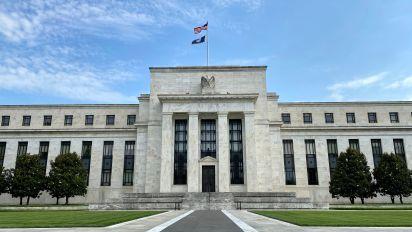 Fed balance sheet at 7-week low as forex swaps keep dropping