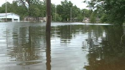 Miss. River To Crest Higher Than Expected In Vicksburg