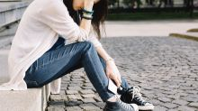 40 percent of parents have difficulty identifying teenage depression vs mood swings