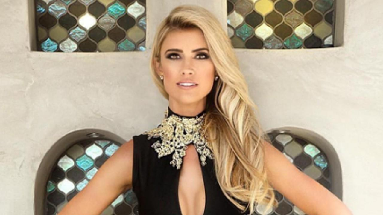 Christina El Moussa has pulled off a secret wedding for the holidays HGTVs Flip or Flop star married TV host Ant Anstead on Saturday