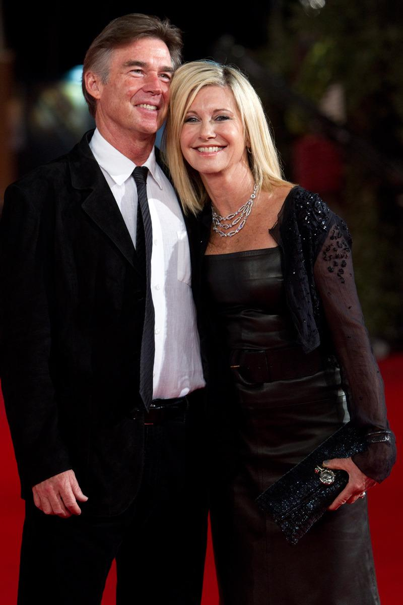 <p>Olivia Newton-John and her husband, John Easterling, in 2011. (Andrew Medichini, Associated Press)<br></p>