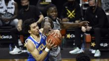 UCLA's Pac-12 title hopes compromised in turnover-fueled loss to Oregon