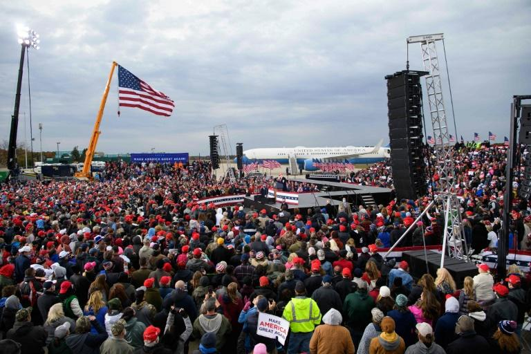 Large crowds are turning out for US President Donald Trump around the country