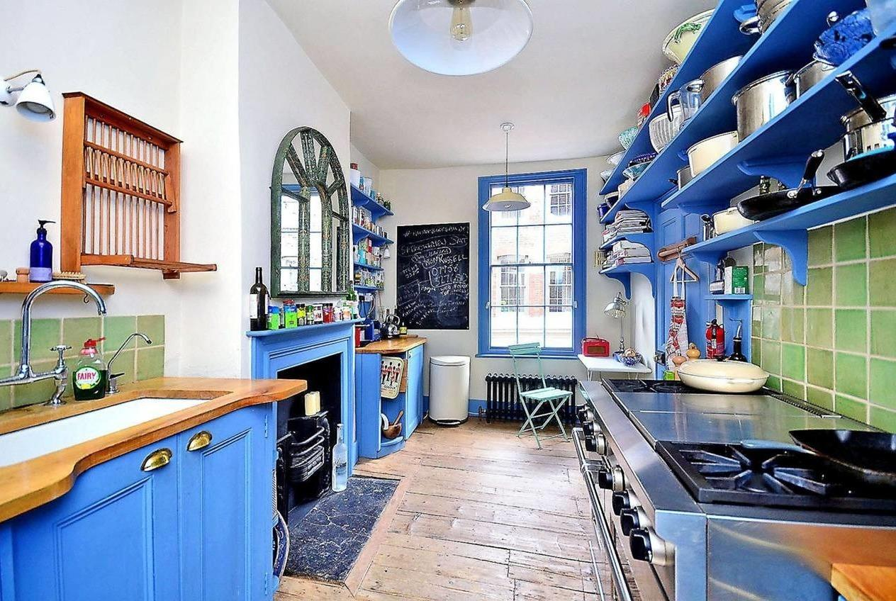 <p>The property is spread out over 6 impressive floors with original features throughout.</p>  <p></p>