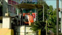 Maniquíes para disuadir a los infractores de tráfico en India