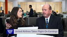 United Airlines Takes Flight On Earnings