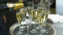 Prost! Drei Gläser Champagner pro Woche sind gut fürs Gedächtnis