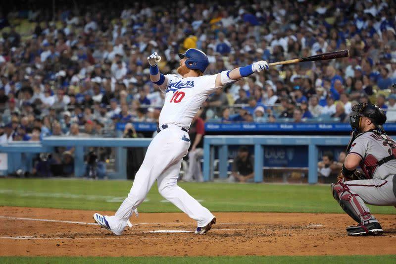 MLB roundup: Dodgers blast 8 homers in 22-1 rout of Diamondbacks