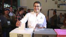 Presidente hondureño busca reelegirse en comicios disputados