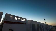 Tesla cranks up big battery in Australia