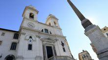Igreja nega funeral público para chefão da máfia Toto Riina