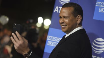 A-Rod's group reaches deal to buy NBA's Wolves