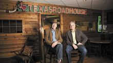 Texas Roadhouse president steps down