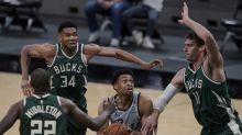 Spurs' record-setting 1st half ends Bucks' streak, 146-125