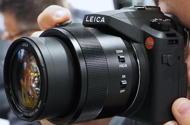 Leica continues tradition of re-branding Panasonic cams with V-Lux, D-Lux