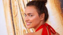 Irina Shayk posa nuda per Vogue