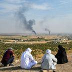 Turkish families flee Kurdish mortars