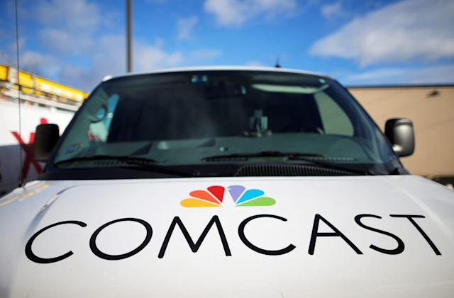 Comcast tops Fox's bid for UK pay-TV giant Sky