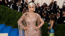 Kylie Jenner hizo millones de dólares vendiendo labiales