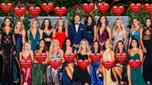 Can you spot what's wrong with this photo of The Bachelor cast?