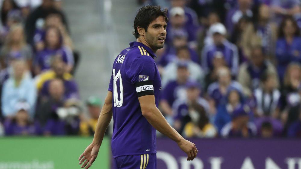 Kaká da la bienvenida a Marta, flamante fichaje del Orlando City