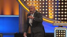 'Family Feud' contestant doesn't know how to kiss, on 'This Week in Game Shows'