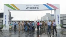 Samsung opens' world's largest phone factory' in India