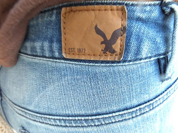 Can booty-lifting jeans save retail? American Eagle is betting on it