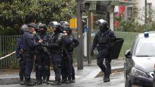 """Attaque à l'arme blanche à Paris : """"On a une menace terroriste largement diffuse et imprévisible"""", estime le président du Centre d'Analyse du Terrorisme"""