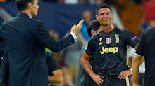 Cristiano Ronaldo prend un carton rouge et sort en larmes pour son retour en Espagne
