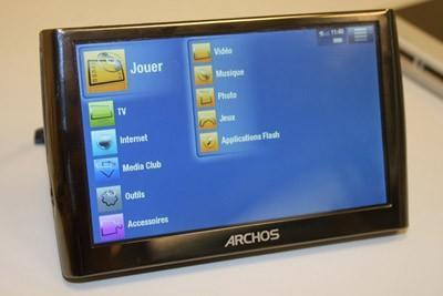 Archos 5 gets the hands-on treatment