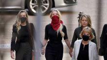 PHOTOS - Amber Heard bien entourée pour faire face à Johnny Depp