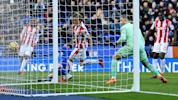Butland howler hands Foxes a point