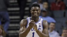 Zion Williamson returns to court after Nike shoe bursts