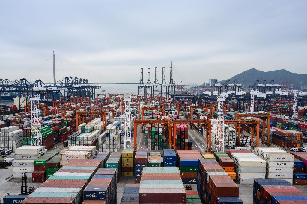 Hong Kong's container port used to be the busiest in the world (AFP Photo/Anthony WALLACE)