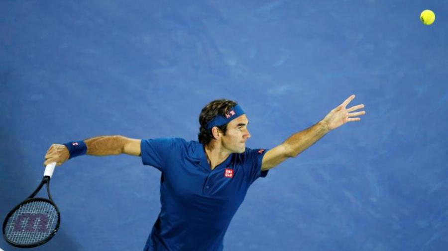 Federer sorprende a dos niñas italianas y les regala campus en Academia Nadal