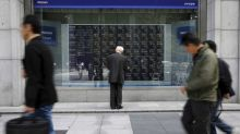 Asian shares pause amid concerns over growth and trade