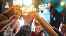 5 bebidas para fazer o esquenta do Carnaval na sua casa