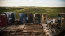 Oil barrels higher, but equities can't gain traction