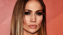 You'll Want To Buy Jennifer Lopez's $25 Earrings, ASAP