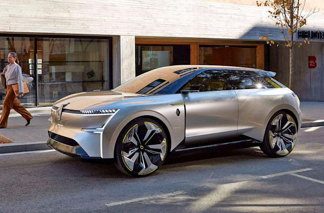 Renault's 'transformer' EV concept can stretch to take on extra batteries